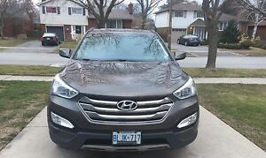 HYUNDAI SANTA FE 2014 *with navi* and *heated seats*