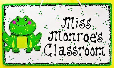 Personalize TEACHER FROG SIGN Name Plaque School Classroom Aide Door Wall Hanger - Classroom Door Signs