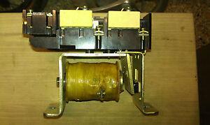 Enorme-rele-relay-contattore-meccanico-bobina-24V-contatto-40-Ah-1NA-1NC