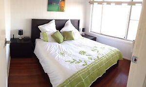 King size bed base and two bedside draws Tuncurry Great Lakes Area Preview