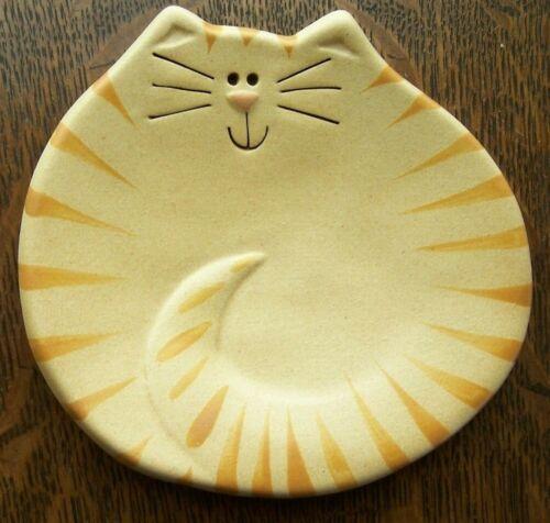 August Ceramics - Ornamental Cat Dish  - 4 inches - Used