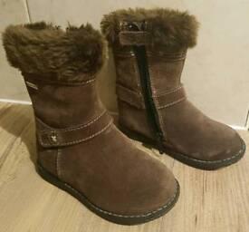Start-rite Aqua Girls Brown Suede Boots 6F
