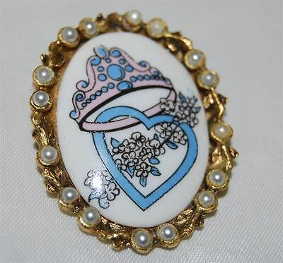 Vintage The Kiln of Wayne Holmes Crown & Heart Porcelain Pin Faux Pearls Border for sale  Pittsburg