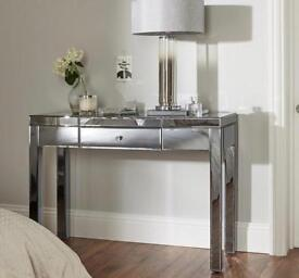 Brand new stunning smoked mirrored dressing table bargain