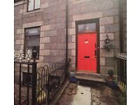 Single and twin rooms, City Centre (Springbank Terrace), £380pcm (bills inc, no fee)
