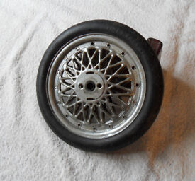 Vintage Lines Bros (Tri-ang & Hornby, Meccano and Dinky) Wheels (with Tyres)