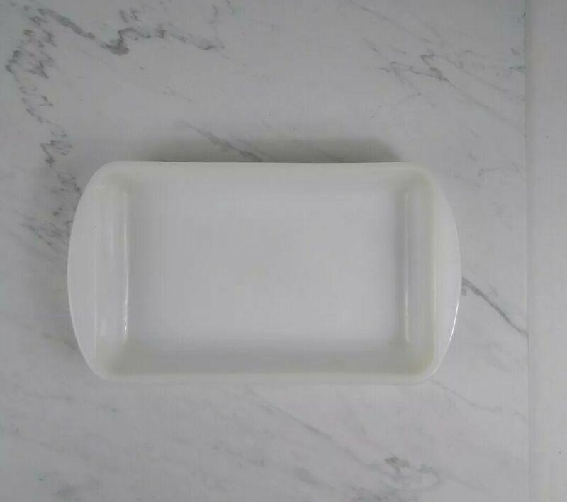 Glasbake White Milk Glass Rectangle Baking Dish 1 1/2 Qt. J-2024 Made In The USA