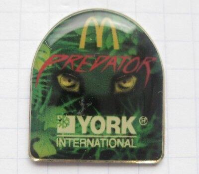 M /  PREDATOR / YORK INTERNATIONAL .............Film / Mc DONALD`s -Pin (169c)