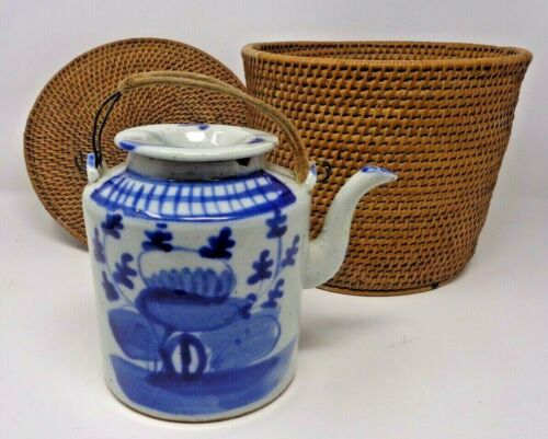 Vintage JAPANESE BLUE WHITE PORCELAIN TEAPOT Gift from Emperor Empress of Japan