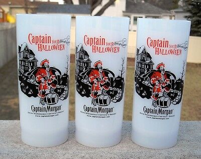 3 NEW Captain Morgan Rum Plastic Glasses Captain Your Halloween 12 OZ party ()