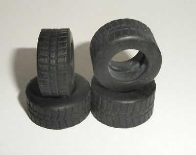 Scalextric - W8514 Intermediate Front and Rear F1 Tyres - NEW