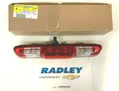 NEW OEM GM High Mount 3rd Brake & Cargo Combination Light Lamp 25890530 B203