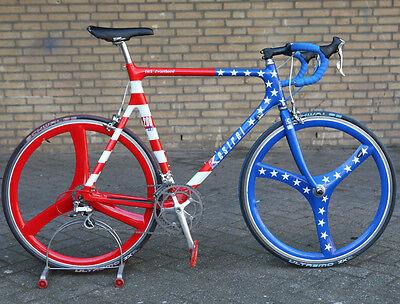 Vintage USA Kestrel 200 SCI Shimano Dura Ace 7700 Spengle wheel bicycle bike ()