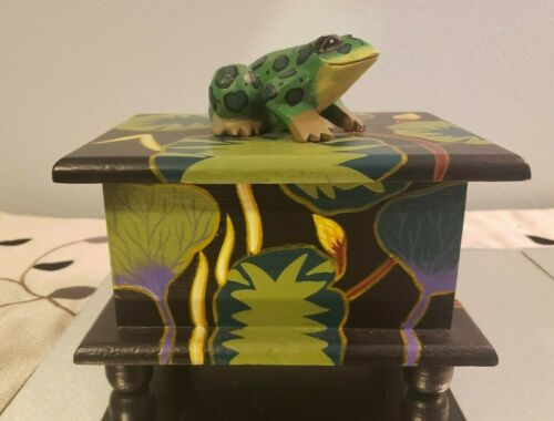 Vintage Hand Painted Frog Jewelry Trinket Wood Box