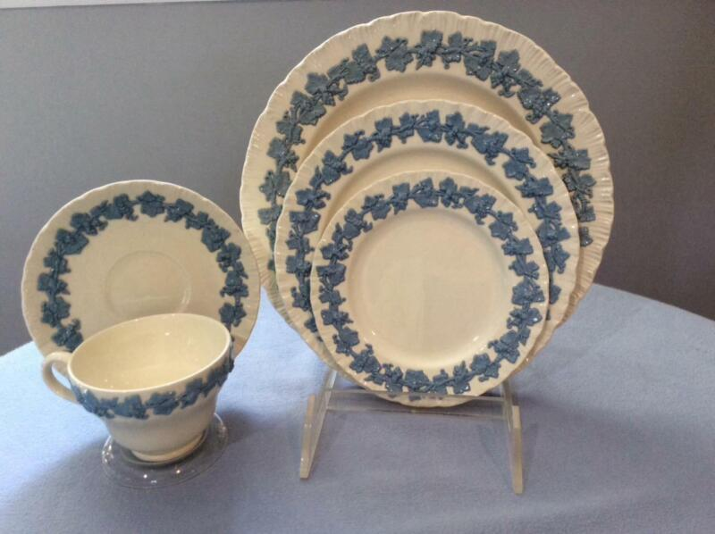 Wedgwood Embossed Queensware shell edge lavender on cream place setting 5 pieces