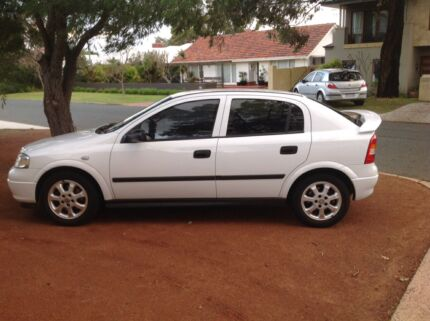 Holden Astra Classic 2005 Bicton Melville Area Preview