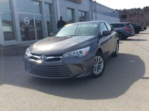 2017 Toyota Camry LE SAVE THOUSANDS OFF NEW!