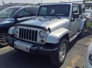 2011 Jeep Wrangler Unlimited SAHARA**UNLIMITED**2 TOITS**NOUVEL