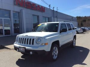 2014 Jeep Patriot North Sport 4x4 NEW ARRIVAL - LOW MILEAGE!