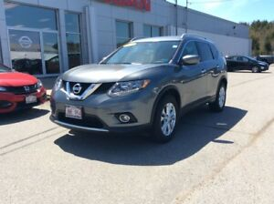 2016 Nissan Rogue SV AWD       $192 BI WEEKLY LOW MILEAGE!