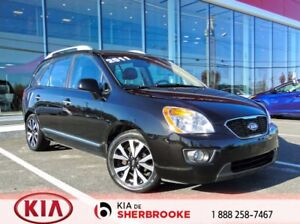 2011 Kia Rondo EX LUXURY * MAGS * TOIT* CUIR * 7 PASSAGERS *