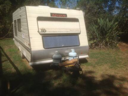 1990 Advance Caravan, shower and annex-Must Sell