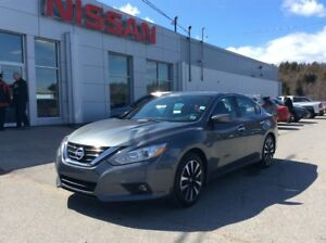 2018 Nissan Altima SV LOADED WITH SAFETY!