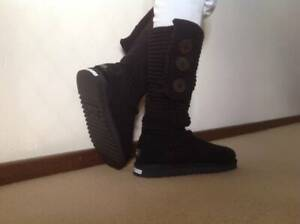 e1656fc81fb ugg boots in Perth Region, WA | Clothing & Jewellery | Gumtree ...