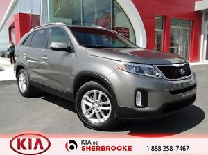 2015 Kia Sorento LX AWD  V6 * jamais accidenté / bluetooth *