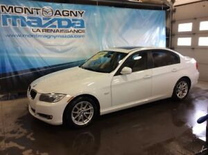 2011 BMW 3 Series 323i IMPECCABLE