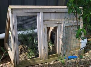 Small Rabbit Hutch Marleston West Torrens Area Preview
