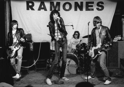 Ramones 24x36 Poster