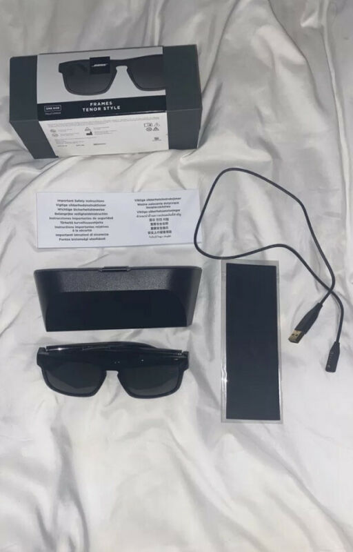 Black Bose Frames Tenor BMD0011 Rectangular Bluetooth Audio Sunglasses