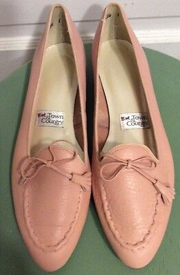 NWOT Women's Town & Country Pink Leather Flats  8.5 N Made In USA
