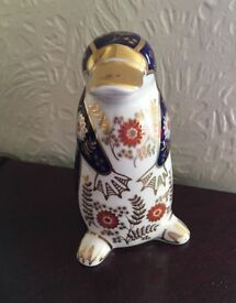 Royal crown derby platypus With Silver Stopper