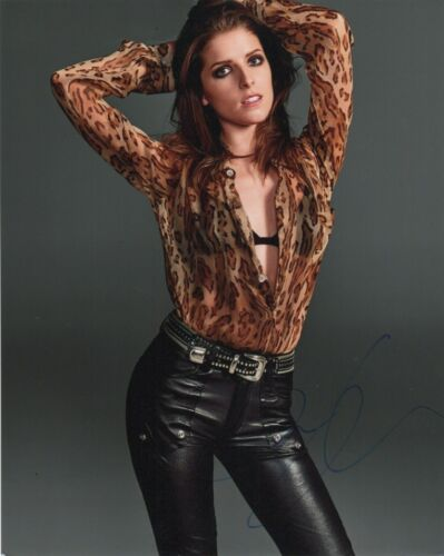 Anna Kendrick Sexy Autographed Signed 8x10 Photo COA #J2