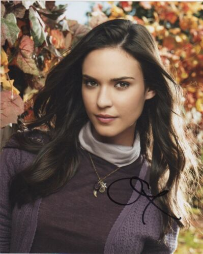 Odette Annable October Road Autographed Signed 8x10 Photo COA 0B22