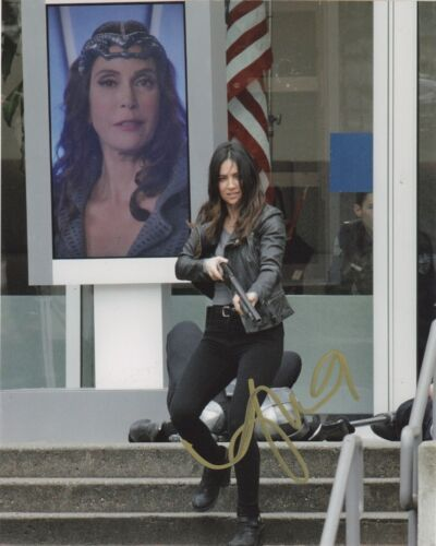 Floriana Lima Supergirl Autographed Signed 8x10 Photo COA #J16