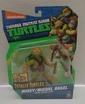 Teenage Mutant Ninja Turtles TMNT Totally Turtles Spittin Mikey Figure