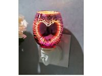 Pink Heart Electric 3D Aroma Lamp Wax Melt Oil Burner Warmer New boxed free Delivery Hull Area