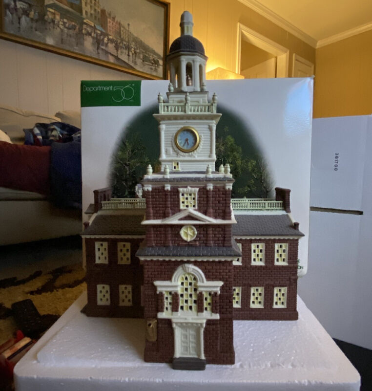 """Department 56 """"Independence Hall"""" in original box lemax"""