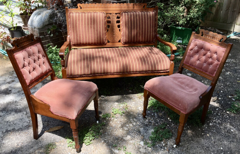 Antique Three-Piece Eastlake Parlor Set