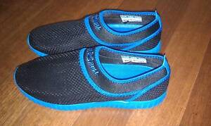 Blue slip-on shoes South Perth South Perth Area Preview
