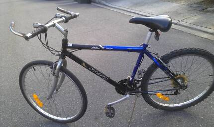 For Sale 26' Mens, 21 speed Mountain Bike, Magna Brand
