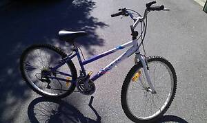 For Sale 26' Ladies, 18 speed Mountain Bike, Peak Brand West End Brisbane South West Preview