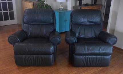 Genuine Leather Lounge Suite with Recliners