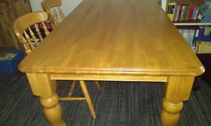6 foot Kitchen/dining table and 6 chairs Scarborough Stirling Area Preview