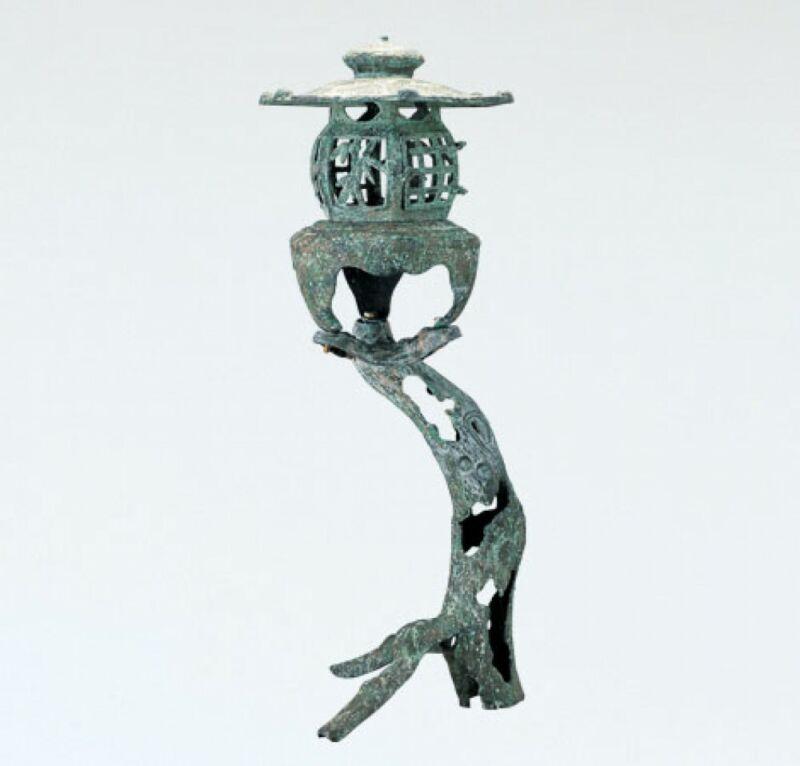 Toro Japanese Bronze Lantern Takaoka Craft Old tree motif stand 5907 Japan