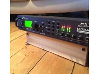 Axe FX ULTRA - Excellent condition - Pre-Amp & Effects Processor