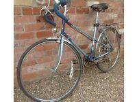 Women's retro road bike